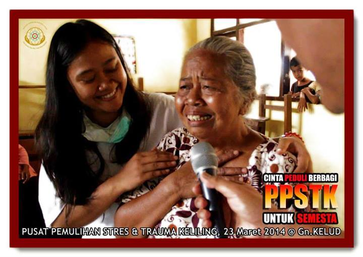Bhakti Sosial Program Edukasi Gotong Royong & Pemulihan Stres, Trauma bagi Korban Letusan Gunung Kelud
